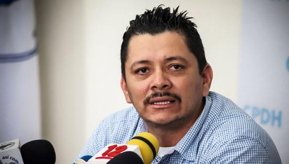 El líder campesino de la oposición nicaragüense Medardo Mairena habla durante una conferencia de prensa en la Comisión Permanente de Derechos Humanos (CPDH) en Managua el 14 de agosto de 2019. (Foto por INTI OCON / AFP).