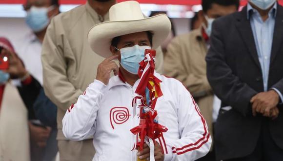 Pedro Castillo presentó a más integrantes de su equipo técnico en Puente Piedra. (Foto: Jorge Cerdán /@photo.gec)