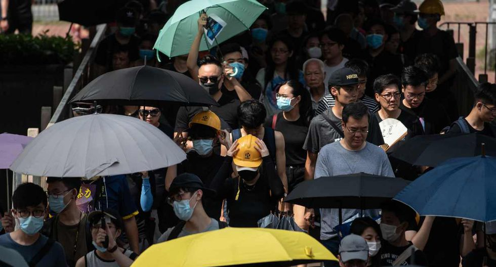 Para este sábado, se organizó la concentración para protestar por la agresión policial, pero las autoridades decidieron prohibirla -algo inusual- aduciendo que existía un riesgo de ataque a los lugareños. (Foto: AFP)