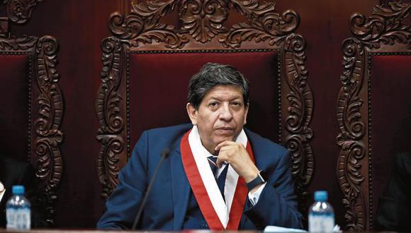 El análisis jurídico del conflicto competencial en la ponencia de Carlos Ramos es inexistente, inconsistente, carente de lógica. Es un intento fallido de justificar una decisión política inconstitucional. (Foto: GEC)