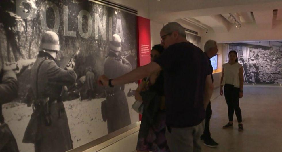 Con el fin de mantener viva la memoria de las víctimas y divulgar testimonios de sobrevivientes, el Museo del Holocausto de Buenos Aires reabre sus puertas tras dos años de refacciones. (Video: AFP)