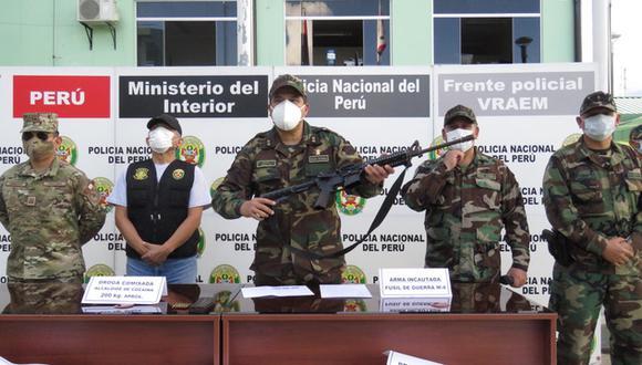 Las Fuerzas Armadas y la PNP decomisaron 180 kilos de droga y armamento de guerra en una operación antidrogas realizada en el distrito de Llochegua, provincia de Huanta, en Ayacucho (Foto: cortesía)