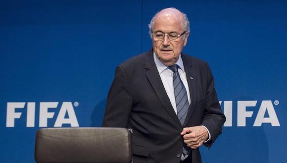 Joseph Blatter sugirió que el próximo mundial cambie de sede y ya no sea en Qatar (Foto: EFE)