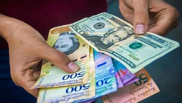 """""""En Venezuela, para el mes de junio, casi el 70% de todas las transacciones se realizaron en dólares""""."""