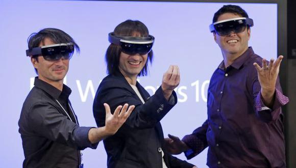 Microsoft salta a la realidad aumentada con los HoloLens