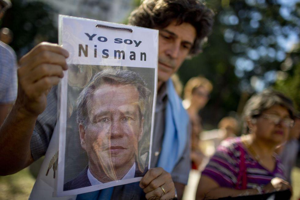 El fiscal Nisman fue hallado muerto en su departamento en sospechosas circunstancias. (AP)