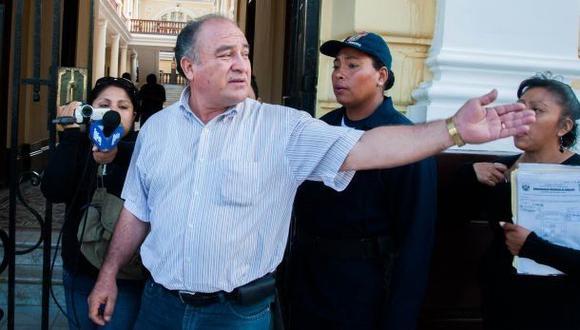 Ex alcalde de Chiclayo tendría S/.20 millones de lo que robó