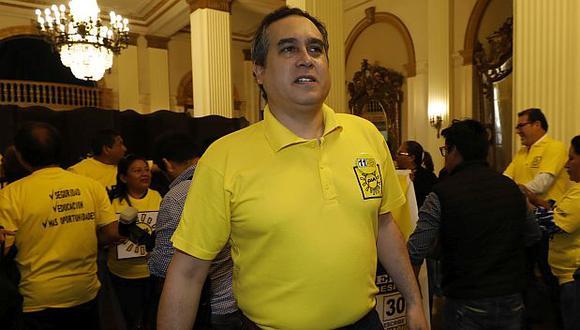 Mario Bryce protagonizó un acto discriminatorio contra Julio Arbizu. (Foto: GEC)
