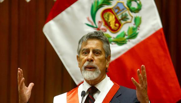 En ceremonia protocolar llevada a cabo  en el Congreso de la República, el congresista Francisco Sagasti juramenta como presidente de la República del Perú