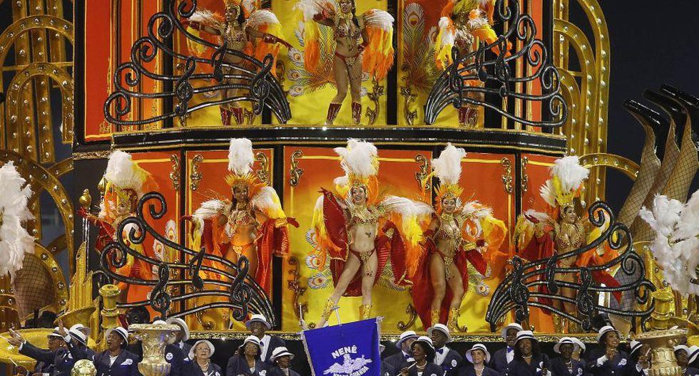 Las primeras postales del colorido carnaval de Río de Janeiro - 13