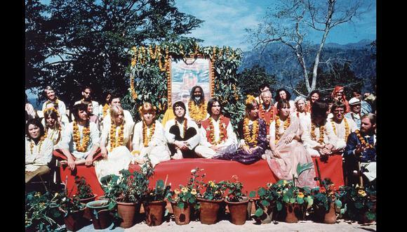 En 1968 los Beatles llegaron a la India. En Rishikesh, con el  Maharishi Mahesh Yogi.