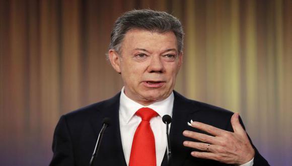 Santos propone eliminar la reelección después de ser reelecto