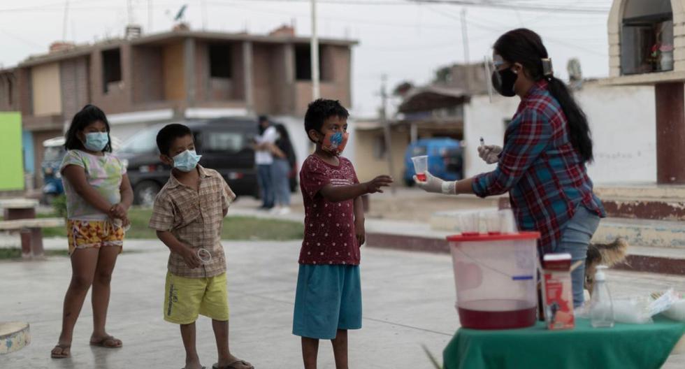 Esta es una de las fotos del reportaje realizado por El Comercio en enero pasado. Nuestros periodistas llegaron hasta Chincha para confirmar in situ las campañas de reparto de ivermectina a esa población. (Renzo Salazar / @photo.gec)