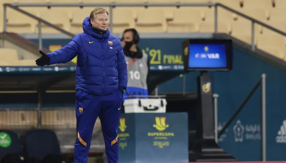 Ronald Koeman lamentó la derrota de Barcelona ante Athletic Club en la final de la Supercopa de España. (Foto: Reuters)
