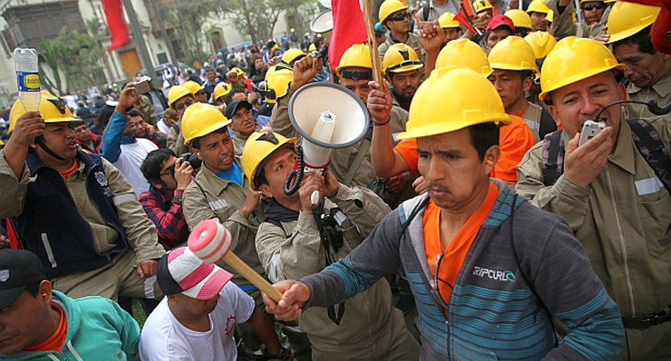 La Federación de Trabajadores Mineros del Perú coordinará con sindicatos asociados para que obreros retomen labores este lunes. (Foto: Reuters)