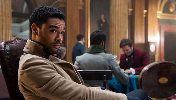 El corazón del actor londinense tiene dueña. Su nombre es Emily Brown (Foto: Bridgerton / Netflix)