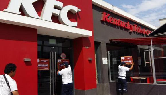 Clausuran KFC de La Victoria por infringir normas de higiene