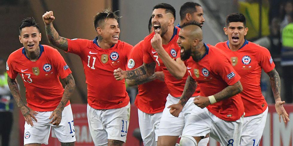 Chile es el vigente campeón de la Copa América. Continuará defendiendo el título ante Perú en el Arena do Gremio desde las 19:30 horas.