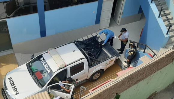 La policía recogió el cadáver y lo trasladó a la morgue. (Foto: PNP)