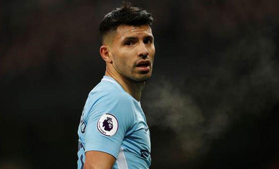 De acuerdo a los medios británicos, Sergio Agüero tiene decidido salir del Manchester City por la relación desgastada que mantiene con Pep Guardiola. (Foto: Reuters)