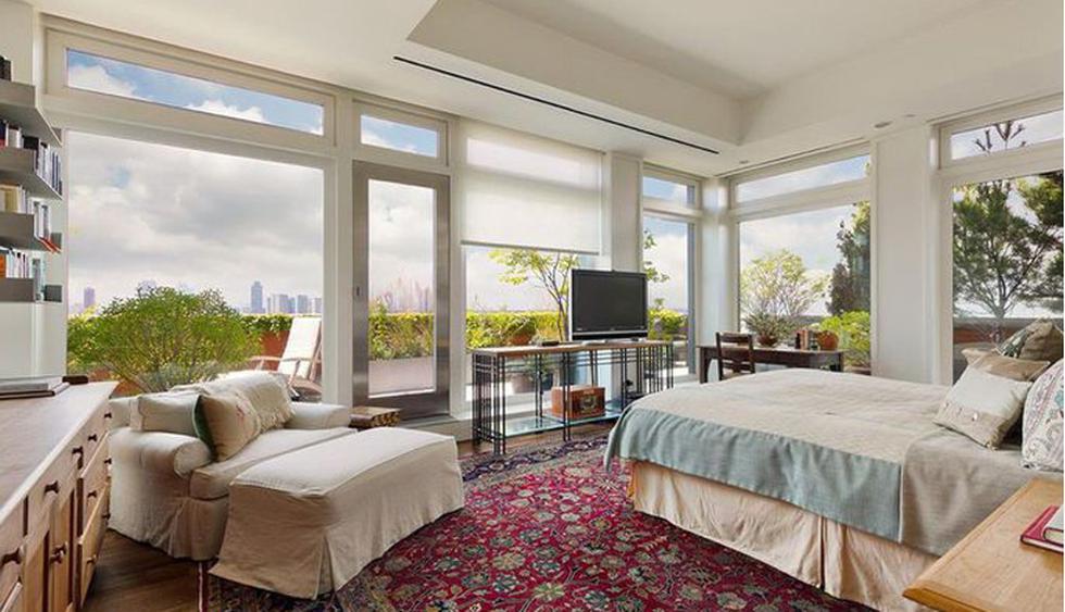 La habitación principal cuenta con increíbles vistas al exterior. (Foto: Realtor)