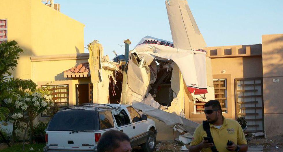 México: El preciso momento de la mortal caída de avioneta sobre una casa [VIDEO] (EFE)