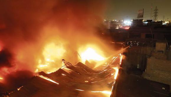 Investigaciones de últimos incendios avanzan a paso lento