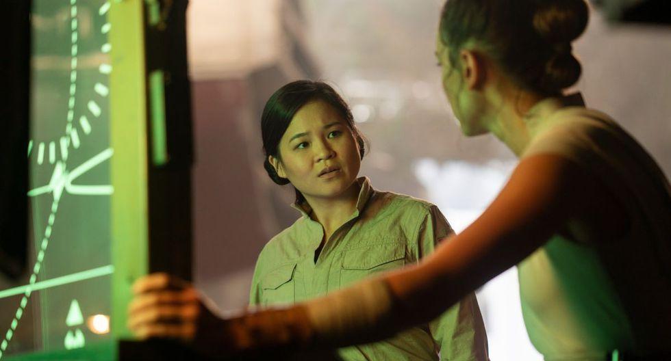"""Kelly Marie Tran como Rose, junto a Daisy Ridley como Rey en una escena de """"Star Wars: The Rise of Skywalker."""" (Foto: Lucasfilm)"""