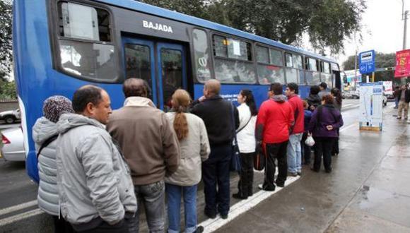Militantes de Somos Perú fueron impedidos de usar corredor azul