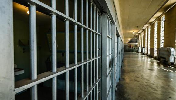 El hombre está detenido por asesinar a su propio suegro. (Foto: iStock)