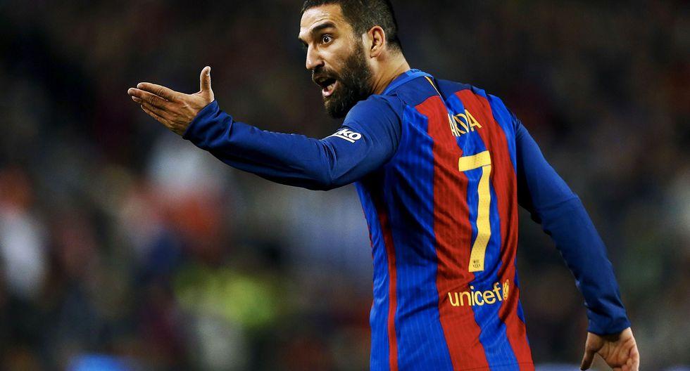 El jugador del Barcelona Arda Turan tiene una cláusula de rescisión de 125 millones de euros. (Foto: AFP/Reuters)