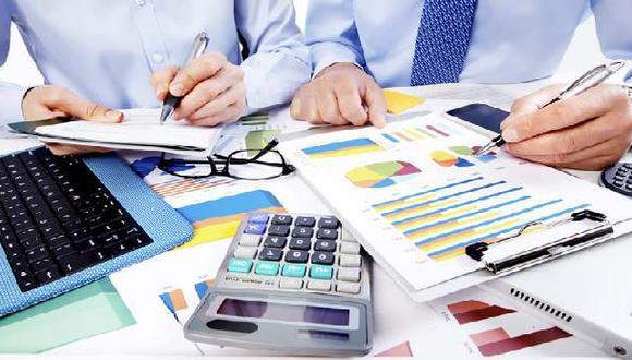 Las empresas pueden financiarse a través de deuda o fondos propios o de inversionistas.
