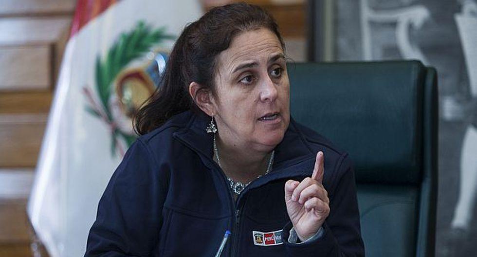 La ministra García señala que han cambiado el modelo en el SIS para ya no financiar cada establecimiento, sino redes integradas. (Foto: Eduardo Cavero/ El Comercio)
