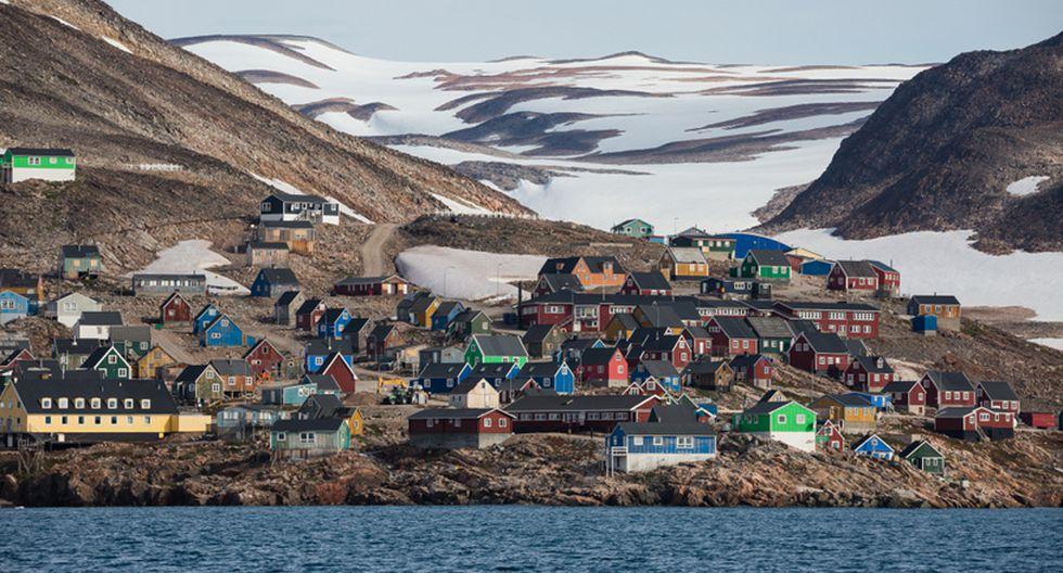 Ittoqqortoormiit, Groenlandia. Esta ciudad es conocida por ser una de las más aisladas del mundo. Cuenta con solo un par de tiendas para sus 450 residentes. (Foto: Shutterstock)