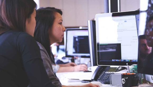 Hace falta más mujeres en los cargos directivos, tanto a nivel de Estado como de empresa privada.