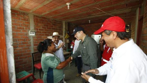 Salvador del Solar estuvo en Piura supervisando las obras de la reconstrucción. (Foto: Difusión)