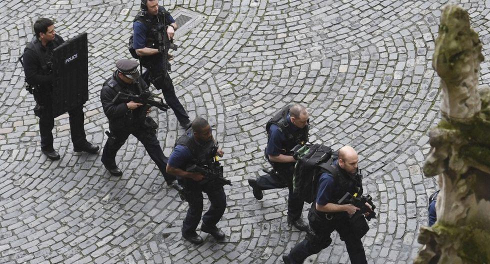 Londres: Los momentos de caos al exterior del Parlamento - 6