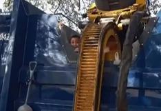 Niño que se escondió en un contenedor de basura casi muere aplastado en Estados Unidos   VIDEO