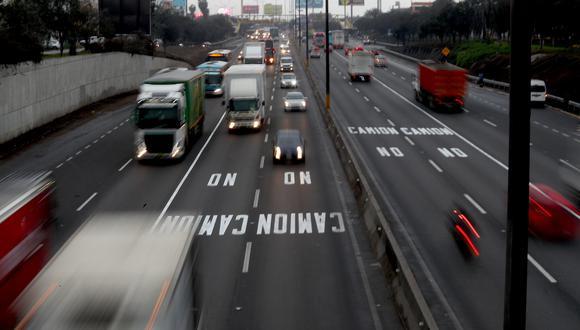 """""""Ordenar la circulación de camiones en base a su tonelaje, tipos de vías y horarios es un buen cambio"""". (Foto: GEC)"""
