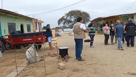 Las familias afectadas por el sismo ocurrido el viernes 30 de julio se han organizado y realizan ollas comunes | Foto: Municipalidad Provincial de Sullana
