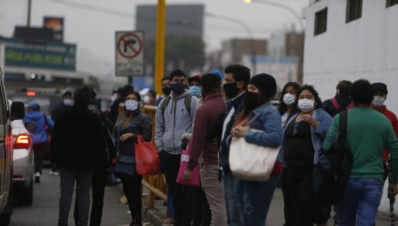 """En el marco de la pandemia, se ha asignado a la Autoridad De Transporte Urbano Para Lima Y Callao (ATU) casi S/43 millones para """"servicios de limpieza, seguridad y vigilancia"""" de la ATU, pero el avance es de 0,7%. (Fotos: Violeta Ayasta y Lino Chipana - GEC)"""