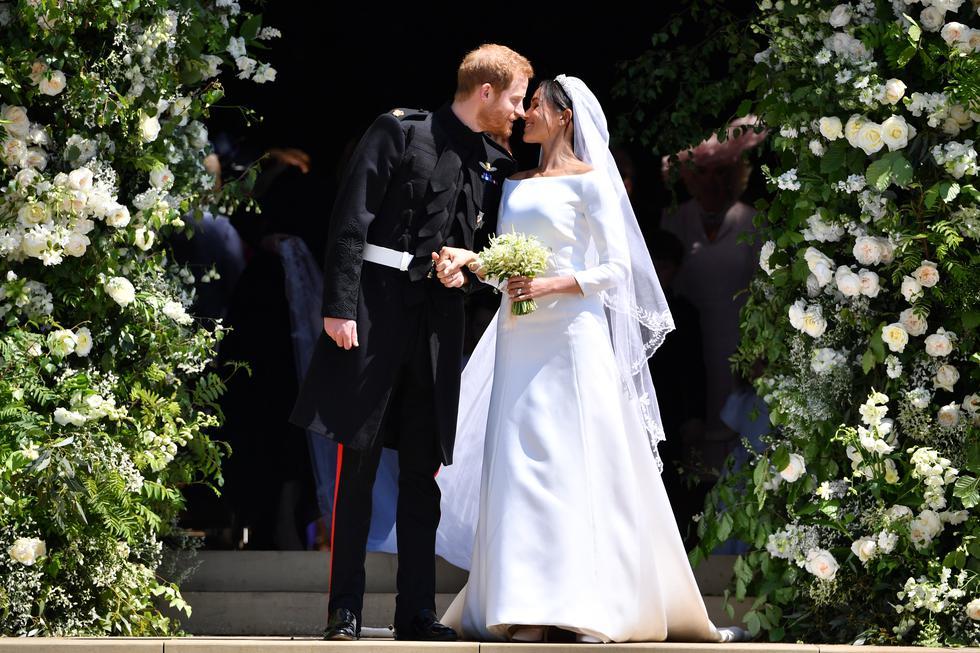 Hoy, el príncipe Harry y Meghan Markle cumplen dos años de casados. En esta galería, rescatamos algunas curiosidades detrás del inolvidable vestido de novia de la ex Duquesa de Sussex. (Foto: AFP)