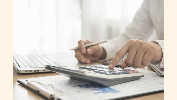 Jefes de las áreas de tesorería, contabilidad, auditoría, créditos y cobranzas y finanzas, así como los controllers, son los que mejores sueldos tienen en las empresas en este rubro. (Foto: iStock)