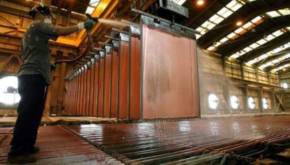 El Gobierno estima que el PBI del sector minero caería un 10.9% este año. (Foto: Reuters)