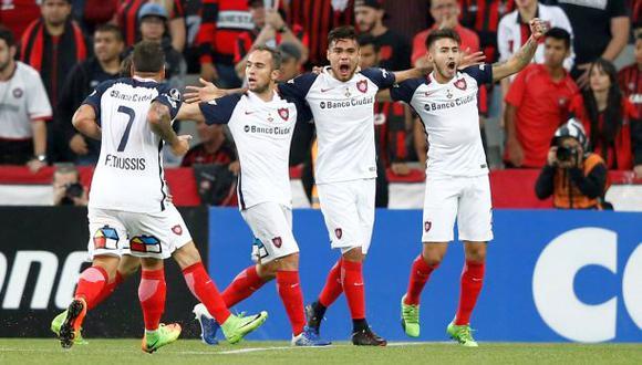 San Lorenzo goleó 3-0 a Atlético Paranaense en la Libertadores