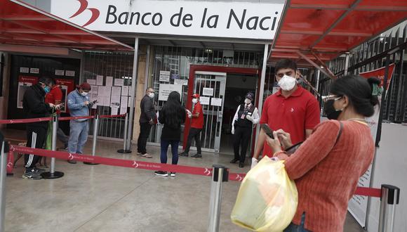 Beneficiarios del Bono Familiar Universal pueden retirar el dinero sin tener una cuenta de ahorros. (Foto: Cesar Campos / GEC)