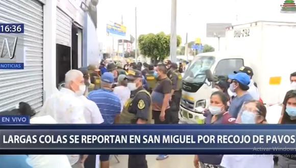 La policía trató de poner orden en las colas formadas en los alrededores del local de San Fernando en San Miguel   Captura de video: Canal N