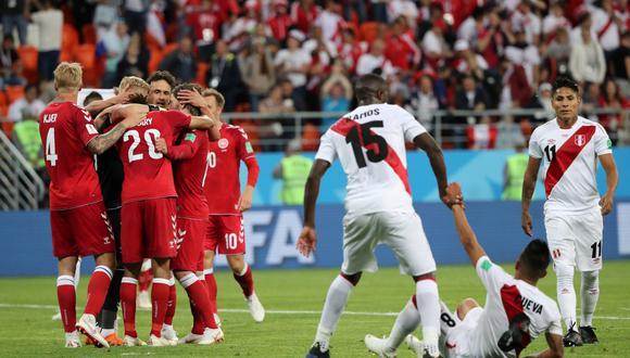 Perú tuvo buenos momentos de fútbol ante Dinamarca, pero cayó 1-0 en su debut mundialista. Christian Cueva erró un penal en la primera parte. (Foto: Reuters)