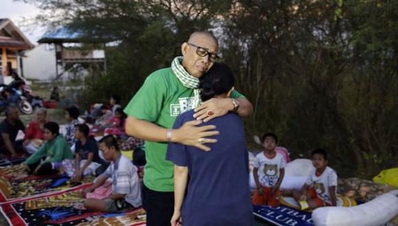 El terremoto y posterior tsunami de este viernes en Indonesia dejaron cientos de muertos en la isla de Célebes. (Foto: EPA)