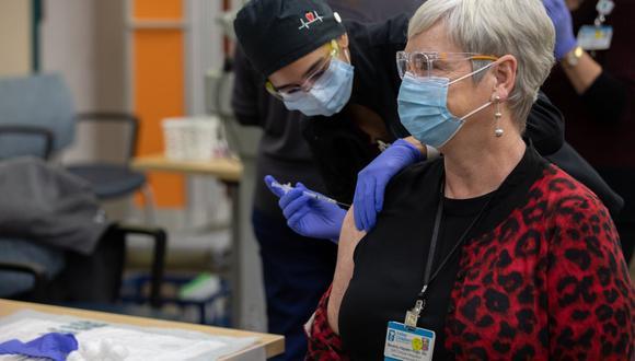 Los países de la Unión Europea empezarán sus campañas de vacunación contra el coronavirus entre el 27 y el 29 de diciembre. (Foto: Jeffrey SHERMAN / Valley Children's Healthcare / AFP)